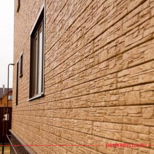 Дом с фасадной панелью Я-фасад